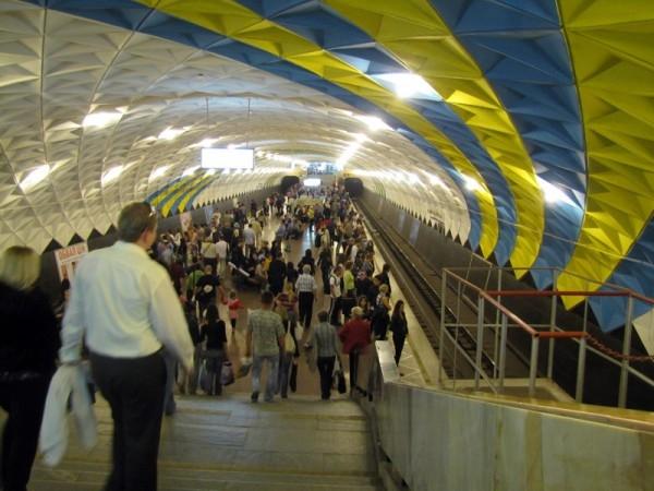 День в истории: 23 августа - Запуск Интернета и Харьковского метрополитена