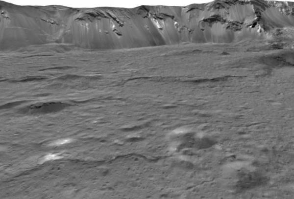 Это кратер: Астрономы разглядели яркое пятно на Церере