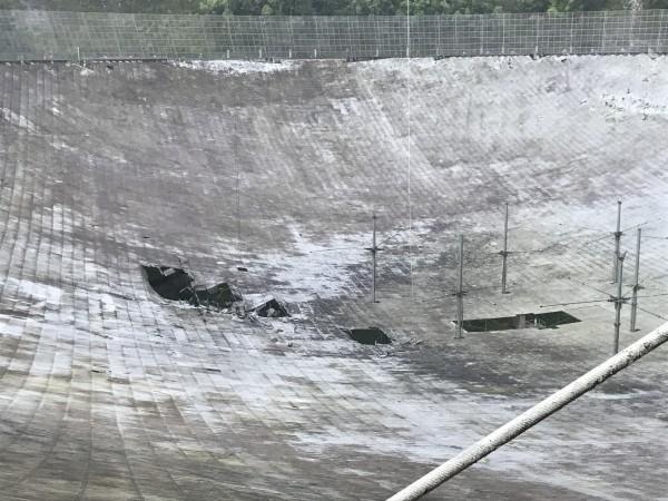 Оборвавшийся кабель повредил крупнейший телескоп