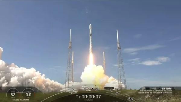 SpaceX установила рекорд по использованию одной ступени