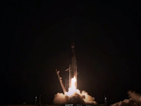 SpaceX запустил модифицированные спутники Starlink