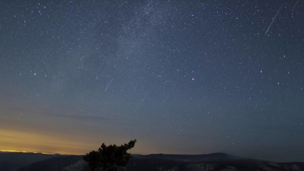 Венера и метеорный поток: Что можно увидеть в августовском небе