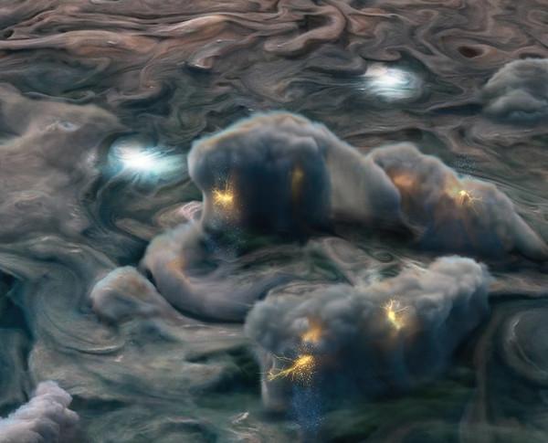 Видео дня: NASA показало необычные молнии на Юпитере