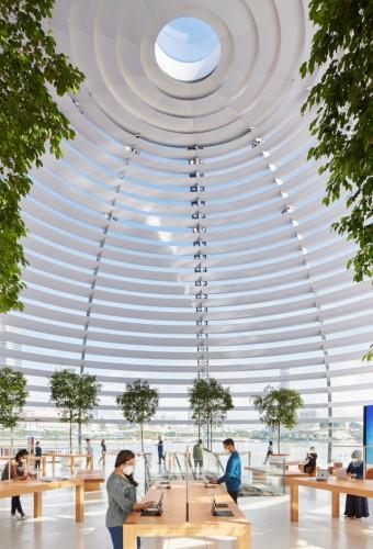 Apple откроет первый плавучий магазин
