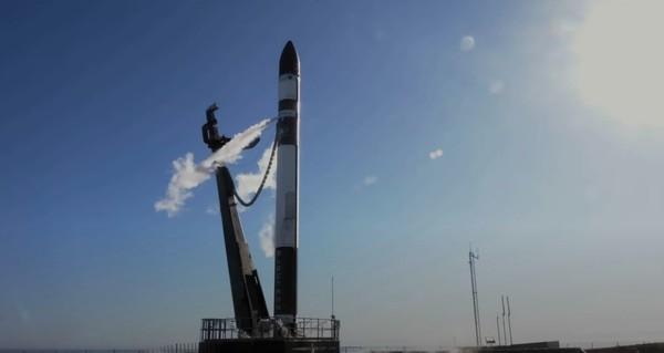 Частная компания Rocket Lab запустила свой первый спутник Photon