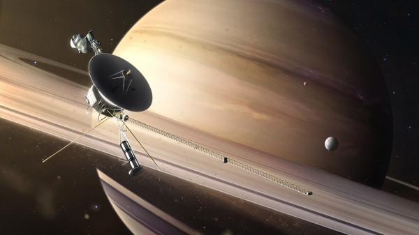 День в истории: 5 сентября - Первый космический телемост и запуск Вояджера