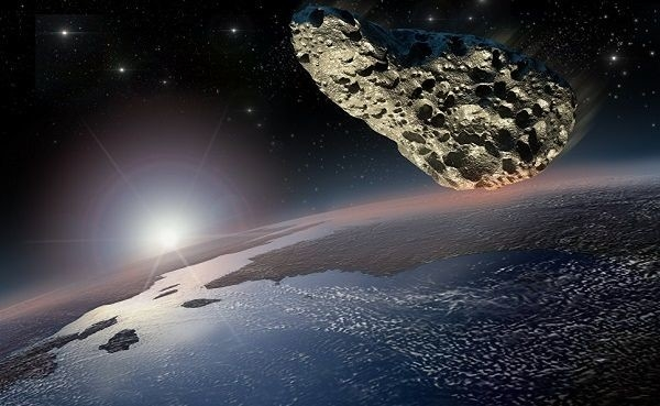 Два астероида пролетели близко к Земле