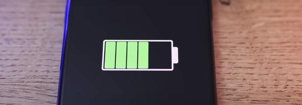 Huawei будет заряжать телефоны на расстоянии
