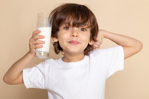 Интересный факт дня: Способность переваривать молоко оказалось мутацией