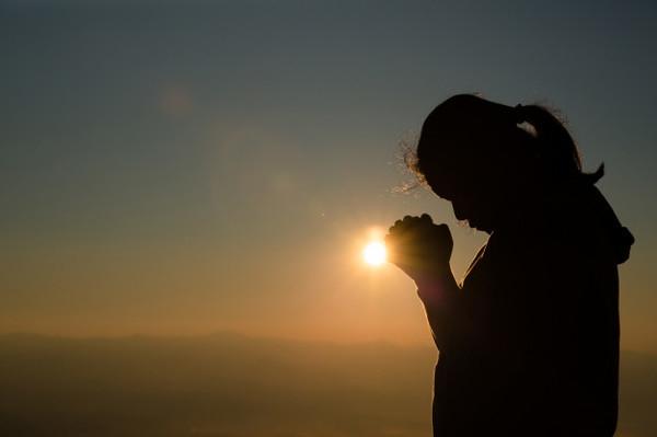 Интересный факт дня: Веру в бога объяснили поиском закономерности