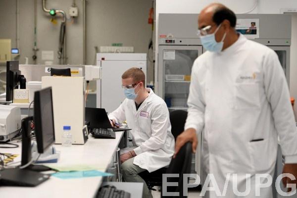 Испытания вакцины от COVID-19 остановили из-за побочных эффектов