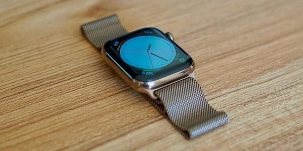 Обновление WatchOS 7 поломало умные часы Apple Watch