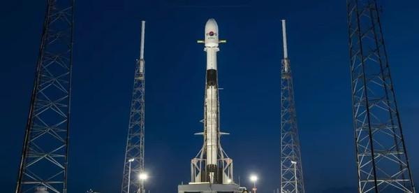 SpaceX отменил запуск спутников Starlink из-за проблем с ракетой