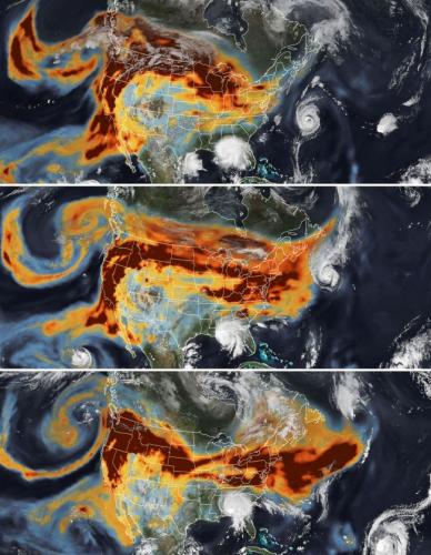 Спутник NASA заснял дым пожаров и ураганы над США