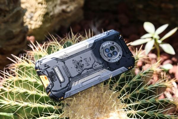 Doogee выпустила смартфон с камерой ночного видения