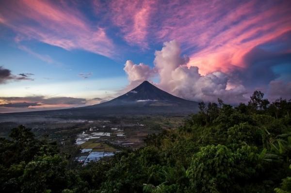 Самые опасные вулканы мира (10 фото)